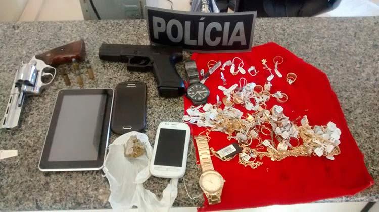 assaltantes_relojoaria-posto_28-10-16_04
