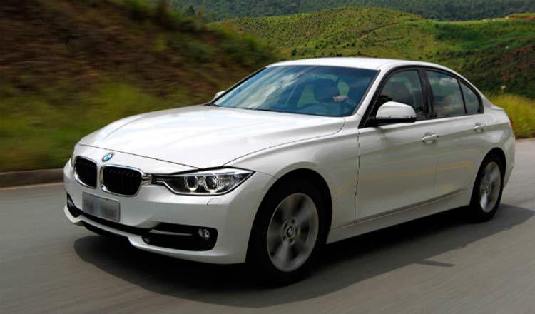 Modelo BMW 320I Active Flex, semelhante ao roubad