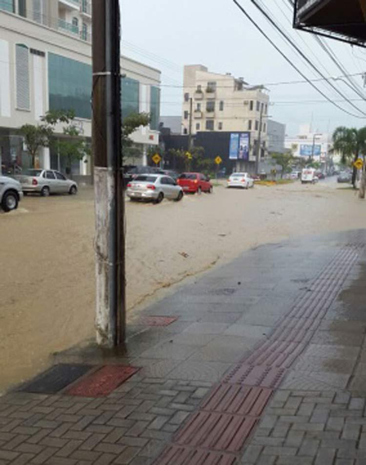 chuva-rio-sul_19-10-16_02