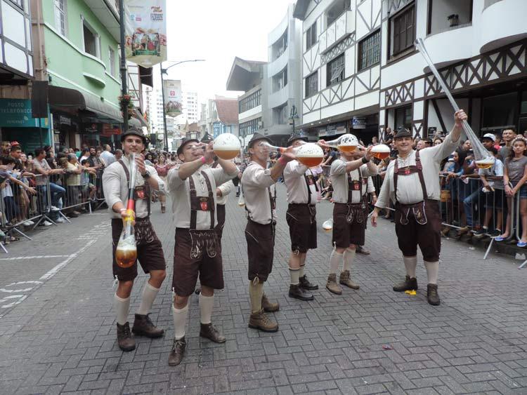 oktober-desfile-12-10-16-104