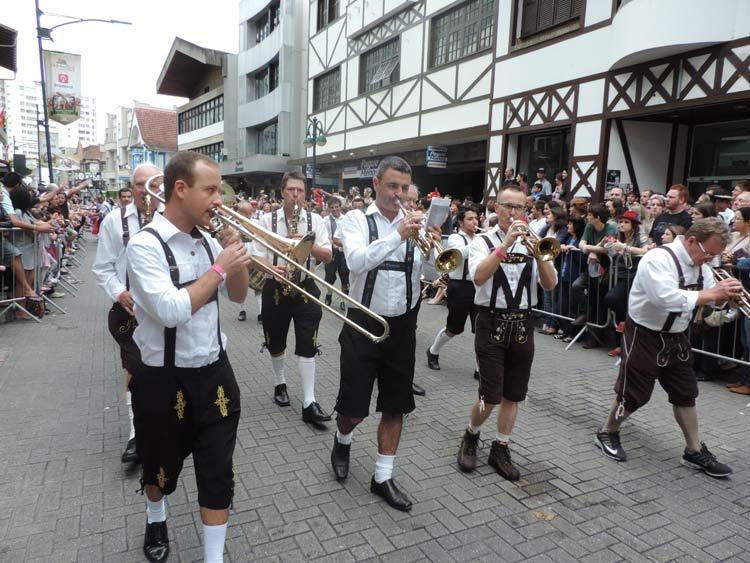 oktober-desfile-12-10-16-116