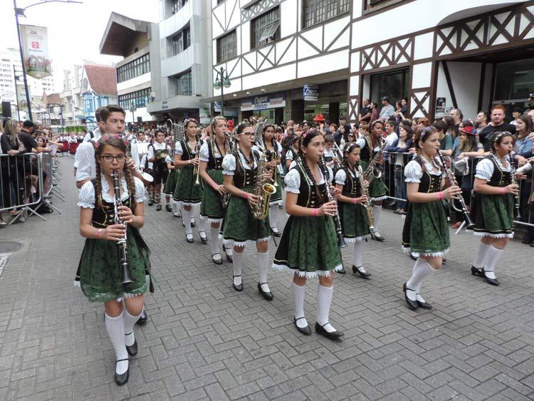oktober-desfile-12-10-16-16