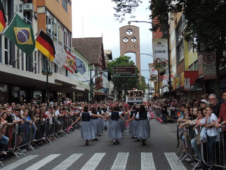 oktober-desfile-12-10-16-33