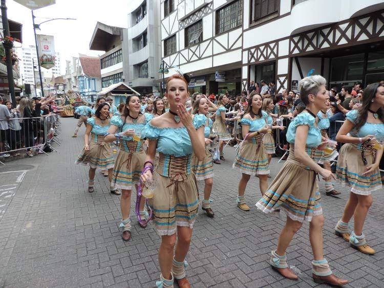 oktober-desfile-12-10-16-36