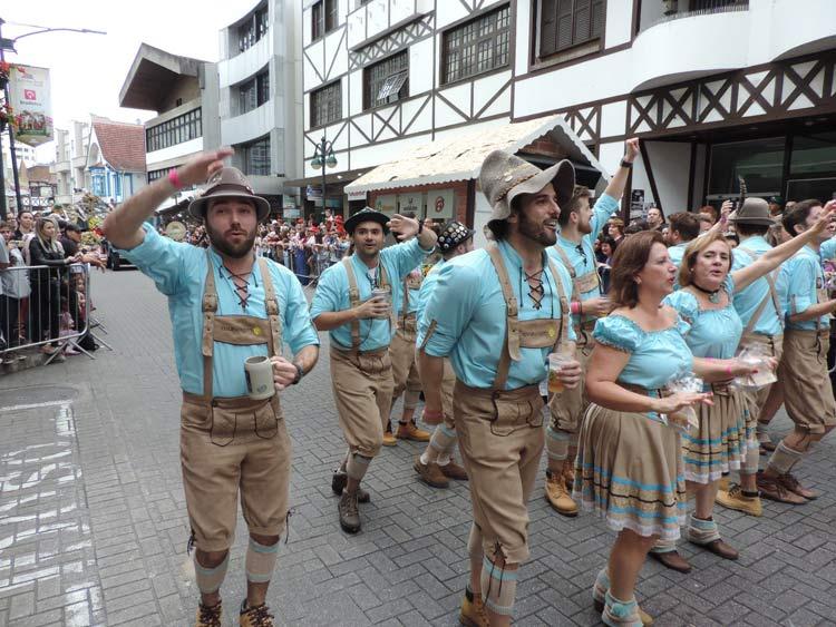oktober-desfile-12-10-16-37