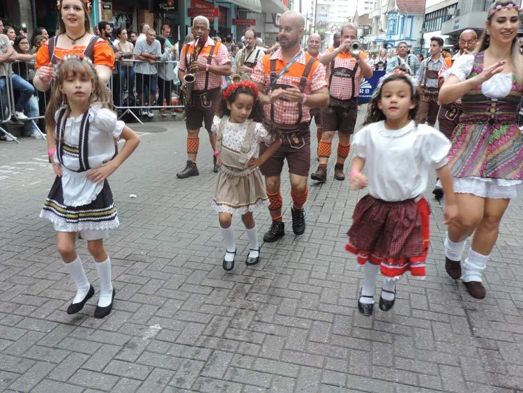oktober-desfile-12-10-16-77