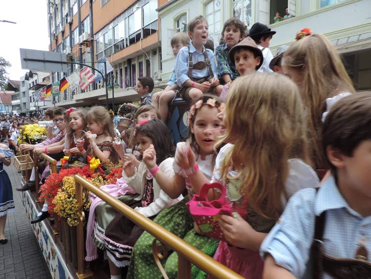 oktober-desfile-12-10-16-90