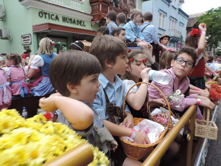 oktober-desfile-12-10-16-91