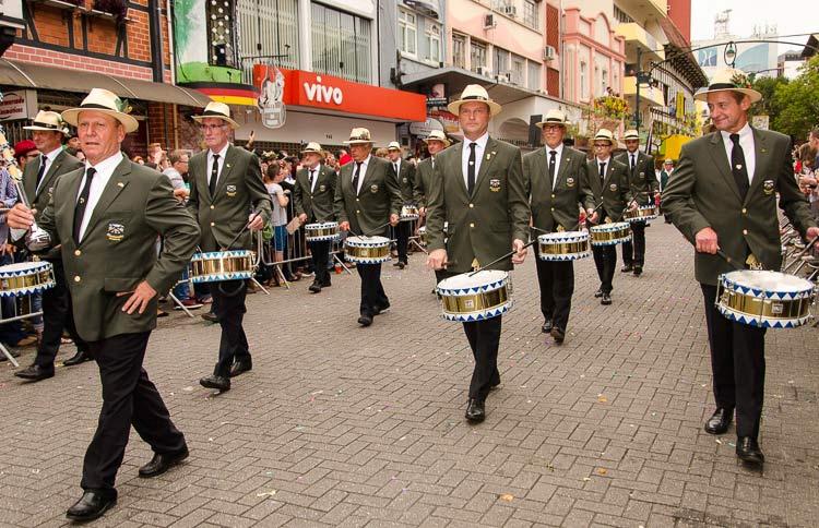 oktober-desfile-23-10-16-56