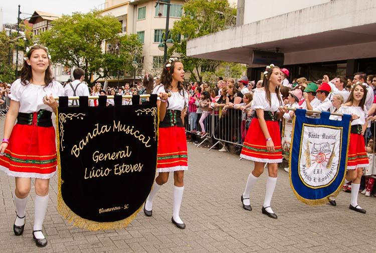 oktober-desfile-23-10-16-85