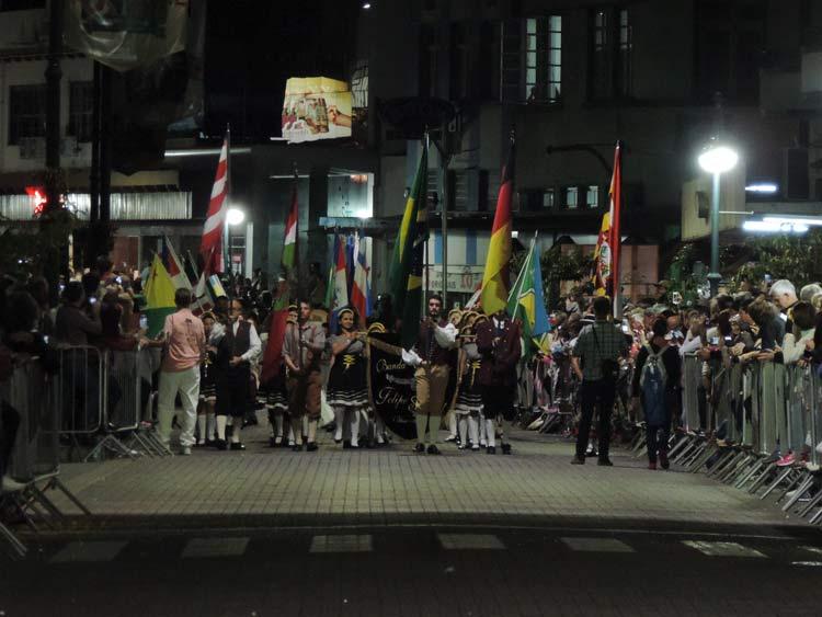 oktober-desfile-5-10-16-13