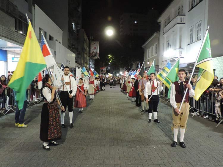 oktober-desfile-5-10-16-17