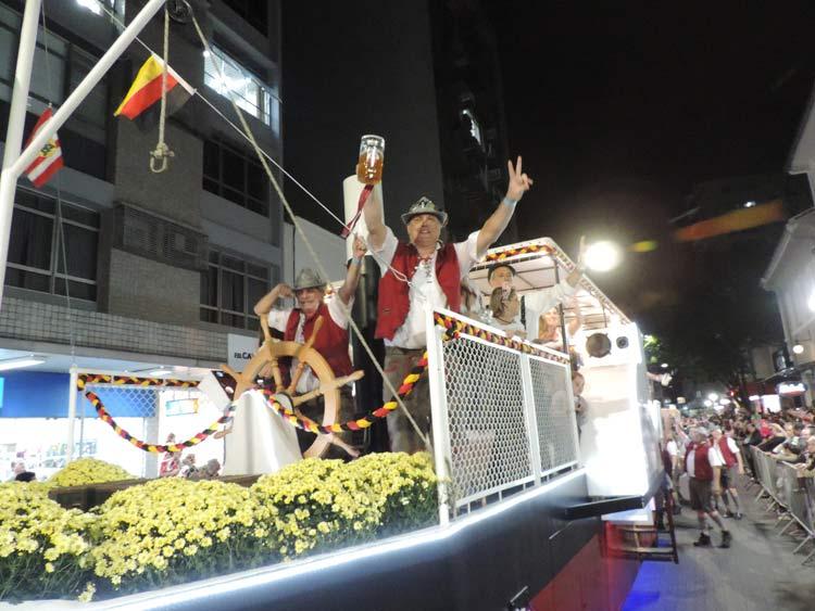 oktober-desfile-5-10-16-31
