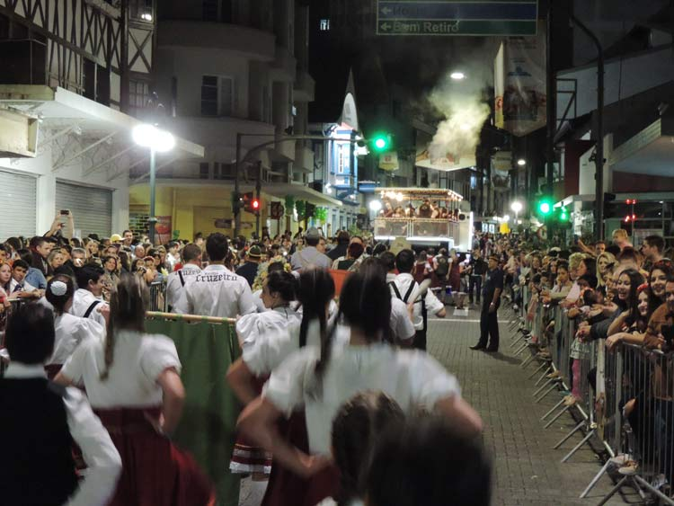 oktober-desfile-5-10-16-40