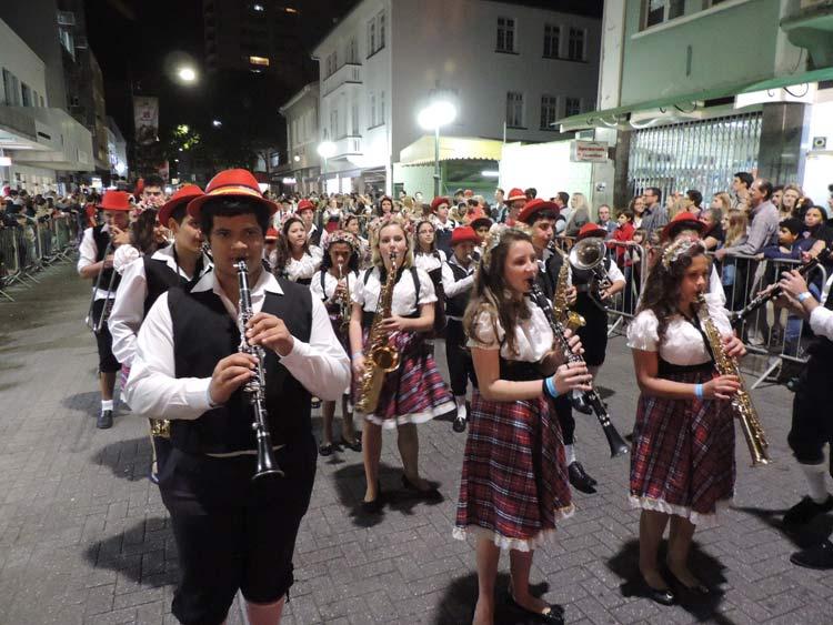oktober-desfile-5-10-16-42