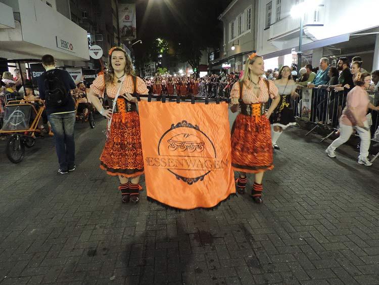 oktober-desfile-5-10-16-87