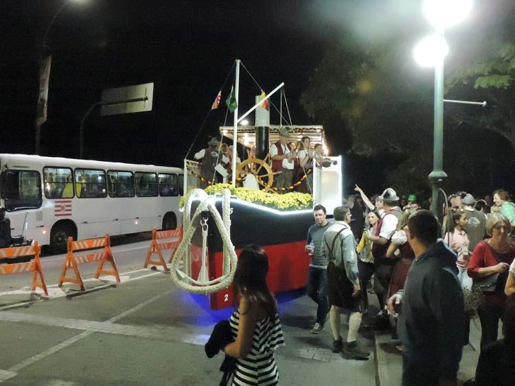 oktober-desfile-5-10-16-9