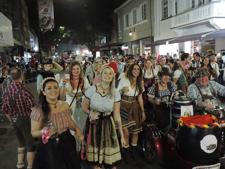 oktober-desfile-5-10-16-95