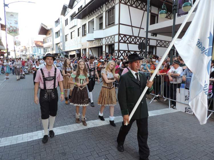 oktober-desfile-8-10-16-100