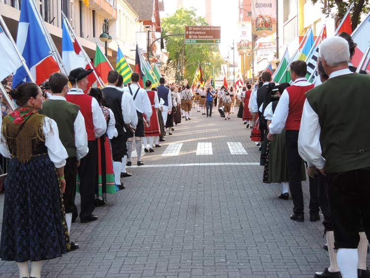 oktober-desfile-8-10-16-11