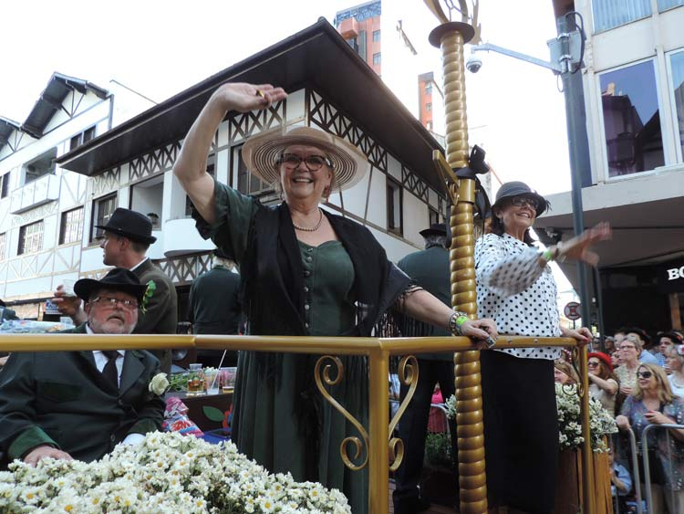oktober-desfile-8-10-16-113