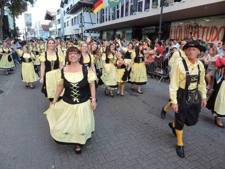 oktober-desfile-8-10-16-135