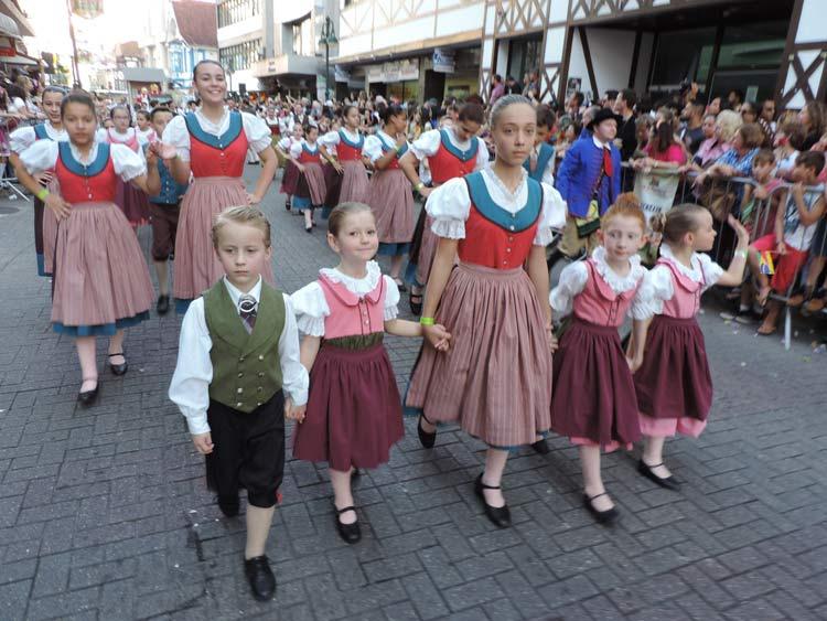 oktober-desfile-8-10-16-210