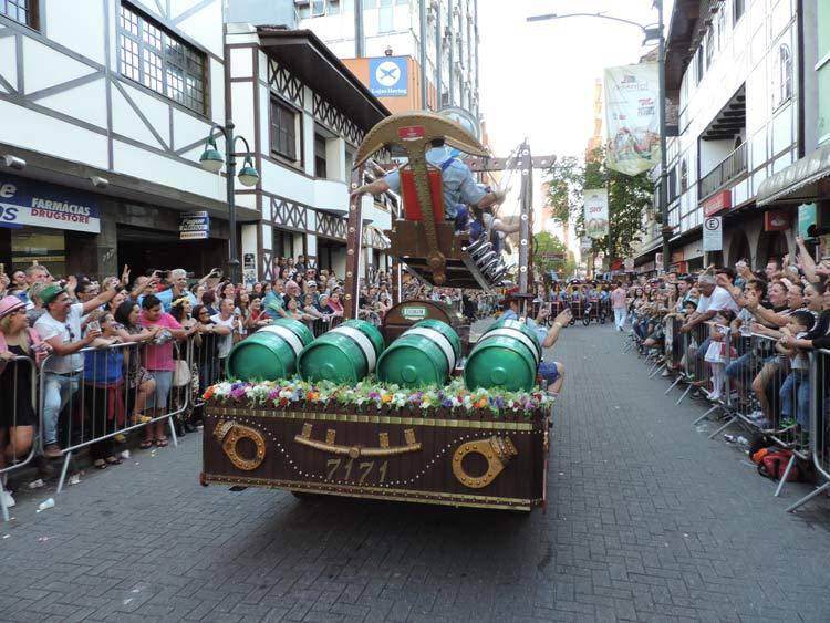 oktober-desfile-8-10-16-246