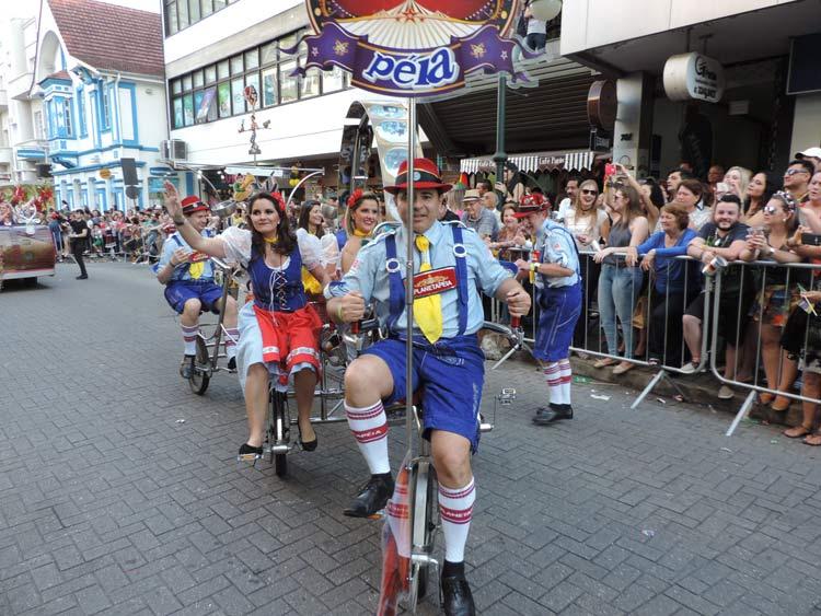 oktober-desfile-8-10-16-247