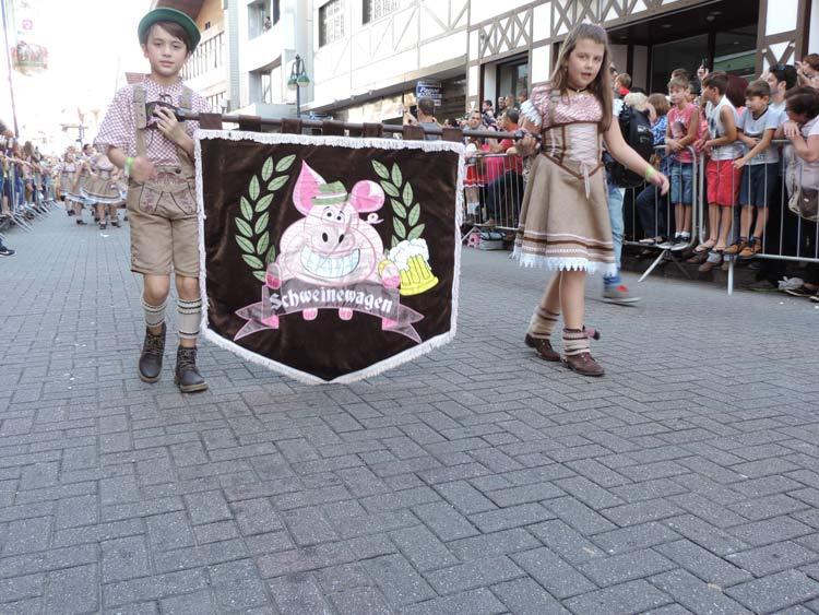oktober-desfile-8-10-16-41