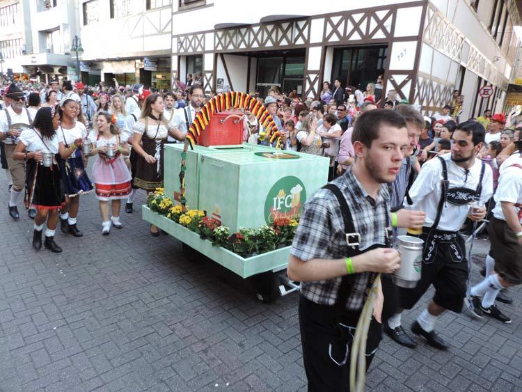 oktober-desfile-8-10-16-68