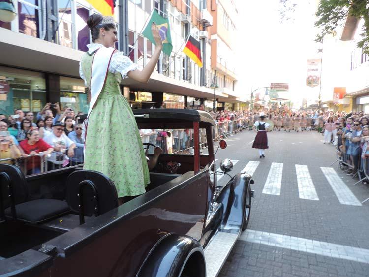oktober-desfile-8-10-16-87