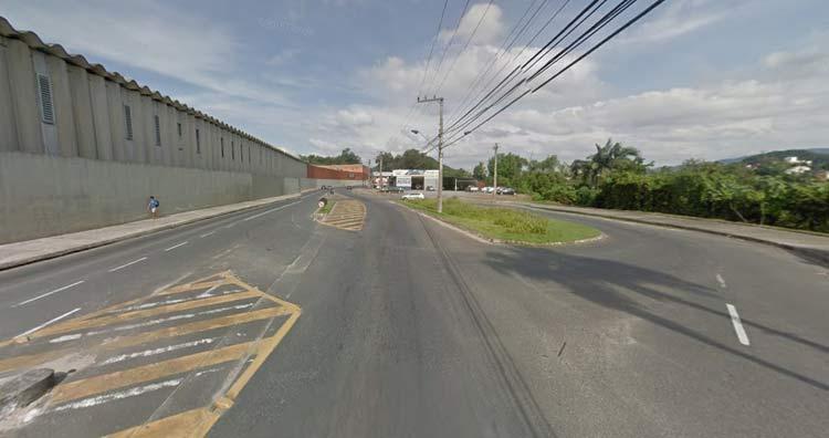 Imagem: Google Maps (Street View) Abril 2016