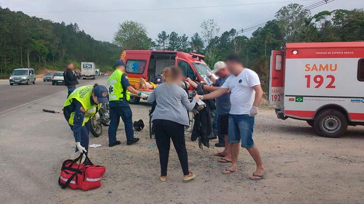 acidente-br-470_gaspar_1-11-16_02