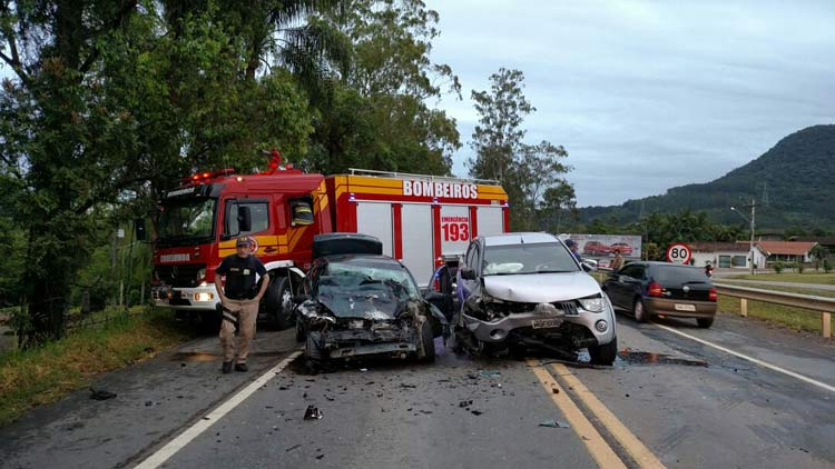acidente_rio-sul_12-11-16_01