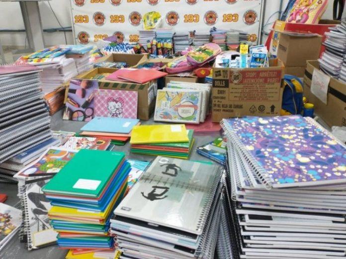 doação-material-escolar